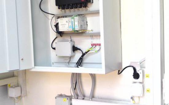 шкаф коммерческого учета газа с ИБП и принтером